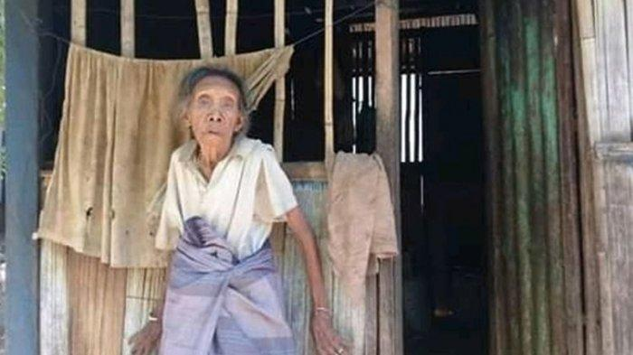 Photo of Derita Nenek Hidup Sebatang Kara Setelah Suami Meninggal, Uang Untuk Beli Beras Dicuri Orang